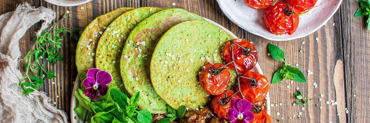 Green pancakes brunch bowl